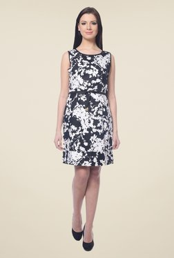 Forever Fashion Black & White Printed Dress
