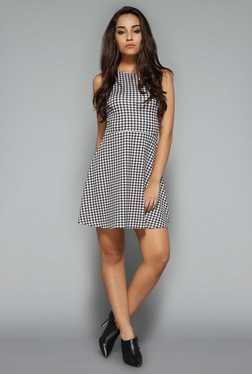 Nuon by Westside Black Houndstooth Print Dress