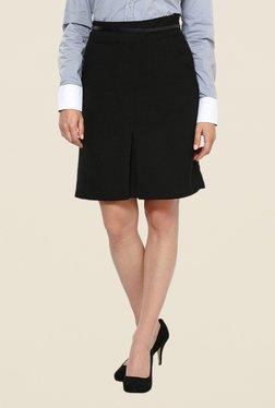 Kaaryah Black With Black Piping Skirt