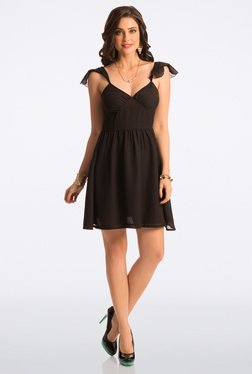 PrettySecrets Flattering Black Flared Dress