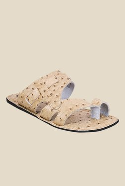 Get Glamr Orwell Beige Toe Ring Sandals