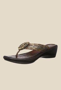 175ee3e3378ba2 Get Flat 60% off on Catwalk Women s Footwear at FreeKaaMaal.com
