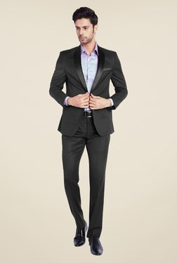 Park Avenue Black Solid Suit