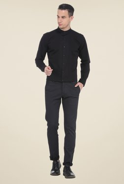 Basics Black Solid Slim Fit Shirt