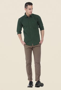 Basics Brown Solid Elastane Tapered Fit Chinos - Mp000000000526617