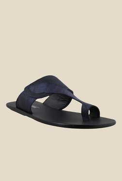J. Fontini By Mochi Navy & Black Toe Ring Sandals - Mp000000000530561