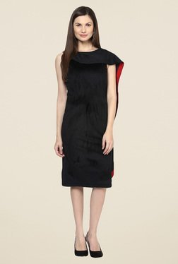 Harpa Black Solid Below Knee Dress