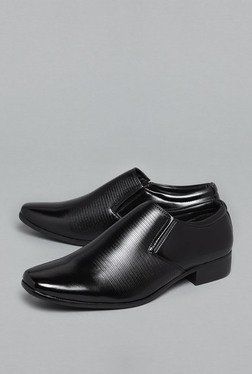 Azzurro by Westside Black Slip-On Shoes