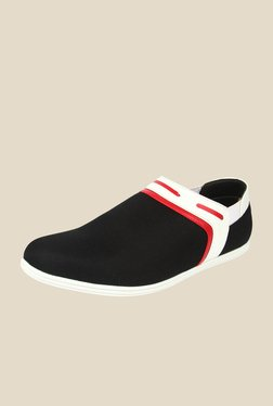 Series Black & White Plimsolls
