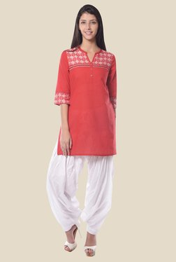 Aurelia Red Round Neck Regular Fit Kurti