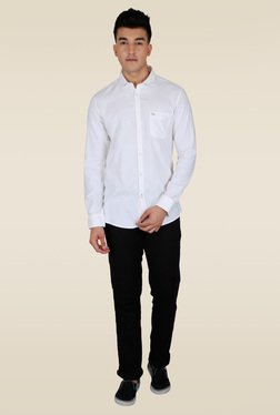 Lawman White Solid Slim Fit Casual Shirt