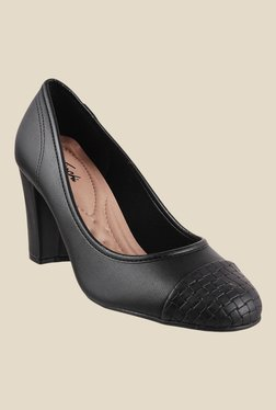 off on Formal Shoes