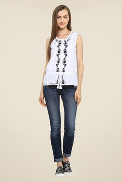 Free & Young White Embroidered Top