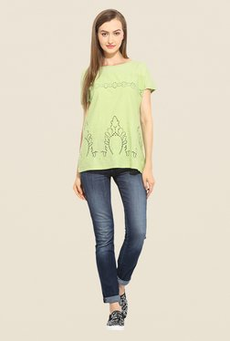 Free & Young Green Top