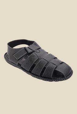 Amigos Black Fisherman Sandals