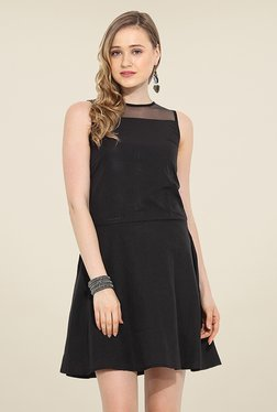 Trend Arrest Black Solid Dress