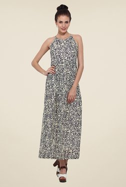 Trend Arrest Off White Printed Maxi Dress