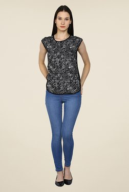 Arrow Black Floral Print Top