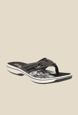8453e0cae6282 Clarks Brinkley Mila Golden Sandals for women - Get stylish shoes ...