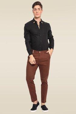 Mr. Button Black Cotton Slim Fit Solid Shirt