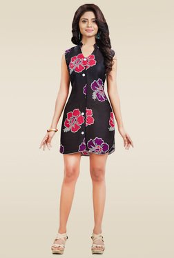 Ethnic Basket Black Sleeveless Printed Kurti