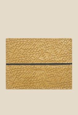 Laurels Titan Beige Textured Wallet