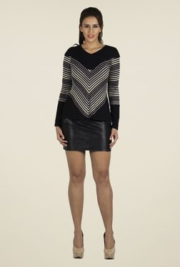 109 F Black & Grey Striped Top