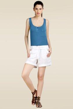 Loco En Cabeza White Regular Fit Shorts