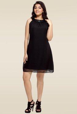 Loco En Cabeza Black Round Neck Dress