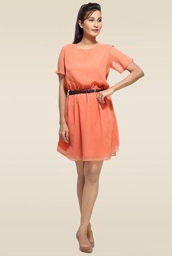 Loco En Cabeza Peach Round Neck Dress