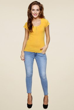 Renka Yellow Round Neck Short Sleeves Top