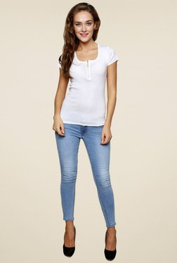 Renka White Short Sleeves Round Neck Top