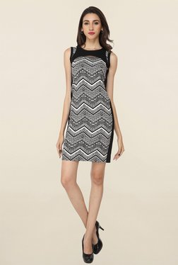 Soie Black & White Printed Dress