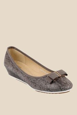 Solovoga Pewter Wedge Heeled Pumps