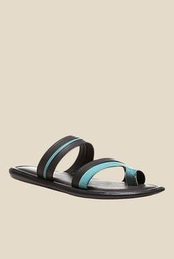Bata Westrn Tr Black & Turquoise Toe Ring Sandals