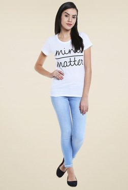 Loco En Cabeza White Regular Fit T-Shirt