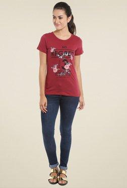 Loco En Cabeza Maroon Round Neck T-Shirt
