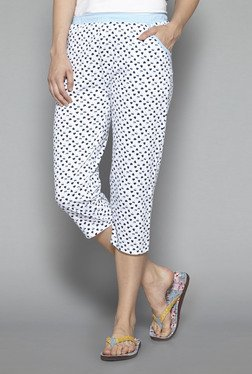 Intima by Westside White Heart Print Capris