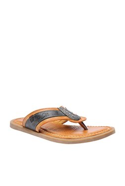 BCK By Buckaroo Alec Tan & Black Thong Sandals