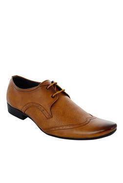 Fashion Victim Fashionista Tan Derby Shoes