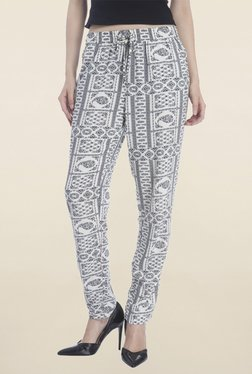 Only White Paisley Print Pant