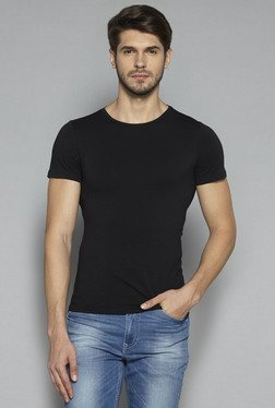 Nuon by Westside Black Slim Fit T Shirt