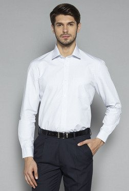 Weststreet by Westside White Regular Fit Shirt