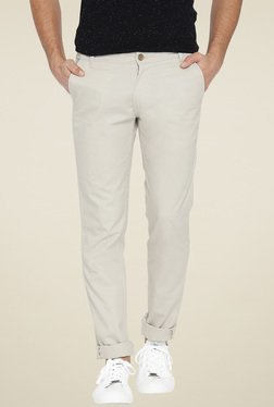 Hubberholme Off-White Slim Fit Mid Rise Chinos