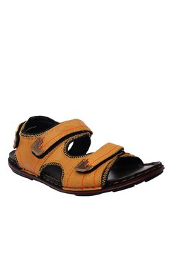 Buckaroo Kyson Tan And Brown Floater Sandals