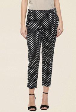 109 F Black Printed Pant