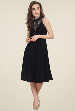 Soie Black Regular Fit Sleeveless Midi Dress