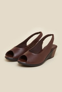 Mochi Brown Wedge Heel Peep Toe Sandals