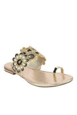 Stylistry Black & Golden Toe Ring Sandals