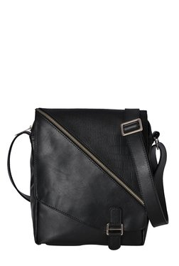 Baggit Bachelor Stylish Black Textured Sling Bag